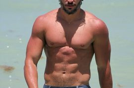 True Blood's Joe Manganiello really is a hawt bixch. Strips in South Beach, Miami.