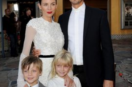 Kristen Stewart's lover, Rupert Sanders is forgiven by his wife, Liberty Ross. A stiff upper lip.