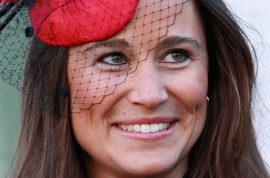 Karl Lagerfeld does not approve of Pippa Middleton's face but does approve of her ass.