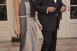 Vera Wang to divorce husband. He didn't like being called 'Mr Vera Wang.'