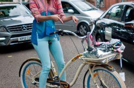 Pictorial: Scenesters hit London Fashion Week.