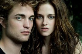 Really? Kristen Stewart and Robert Pattinson said to have had dramatic makeup.
