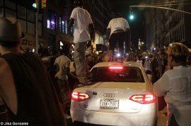NY Fashion night out leads to mob trashing Audi.