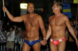 A gay guide on how to pick up and lay an Australian man…