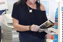 Oh my! Sarah Palin is a skinny hawt bixch. Her moose diet is doing wonders!