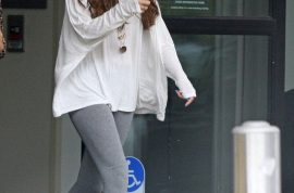 Selena Gomez now looks heavier and puffier in the face. Has she put on weight?