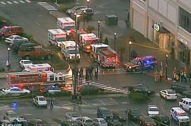 Gunman goes on shooting spree that kills three including self at Oregon mall.