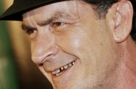 Lindsay Lohan refused to kiss Charlie Sheen in 'Scary Movie 5' because his mouth is a crack den.