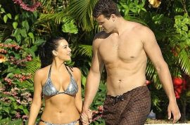 Desperate Kim Kardashian offers Kris Humphries $10 million to settle divorce. Says no!