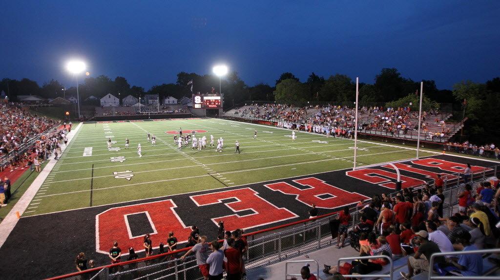 Steubevnille High school football team Big Red.
