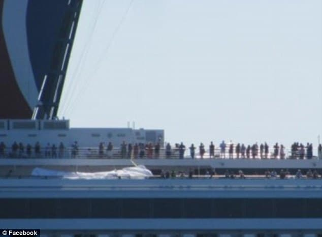 Carnival cruise liner