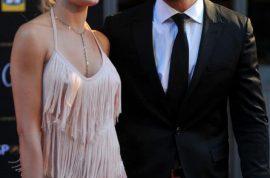 Blade Runner, Oscar Pistorius tried to revive dead girlfriend. On suicide watch.