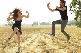 Robert Pattinson and Kristen Stewart are over. Disses own birthday…