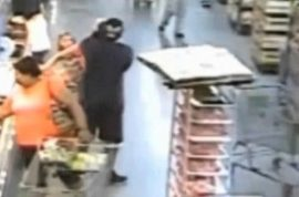 Video: Sammie Wallace fatally shot point blank after snatching girl from Walmart cart.