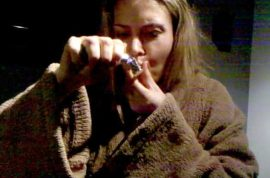 Here's a video of Brooke Mueller smoking crack. Scores $1500 meth too.