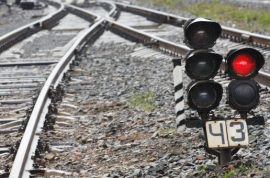 Sex on railway tracks: Woman killed and man loses both legs.