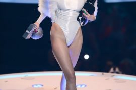 Miley Cyrus joint: Lights up MTV Europe Music awards. No dope…