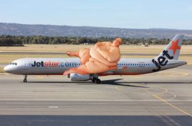 Rich Wisken writes a nasty letter to Jetstar over obese passenger sitting next to him.