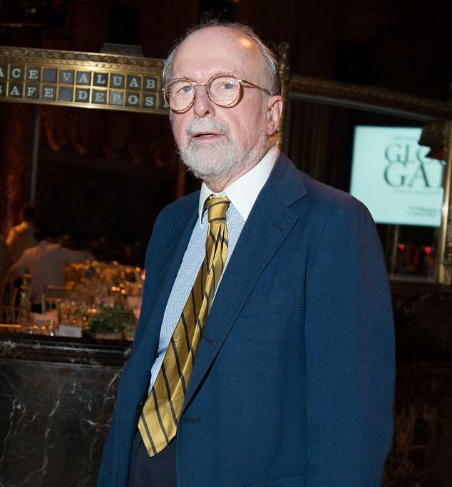 Robert W Wilson