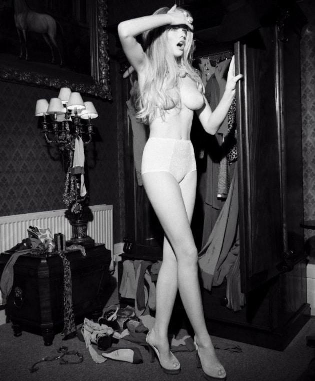Valerie van der Graaf naked