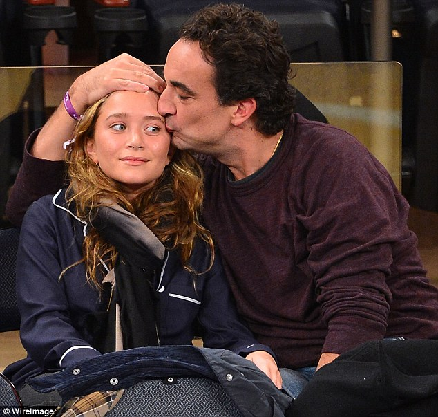 Mary Kate Olsen engaged