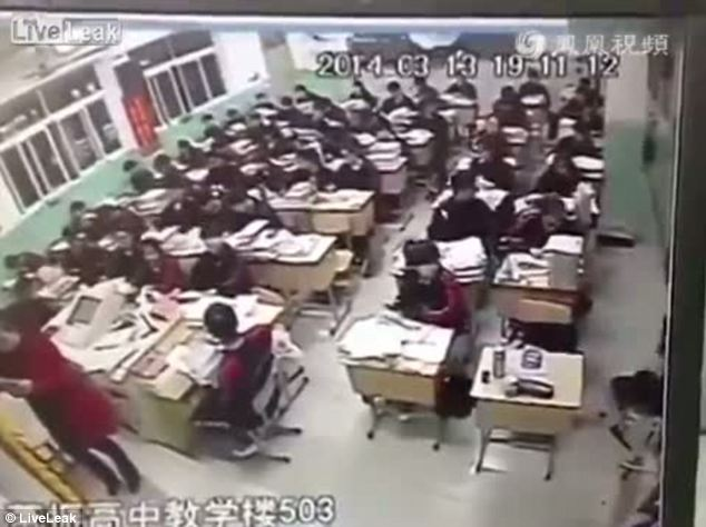 Chinese schoolboy leaping to his death