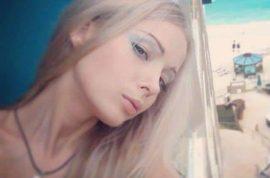 Human Barbie Valeria Lukyanova selfie. But where's the make up?