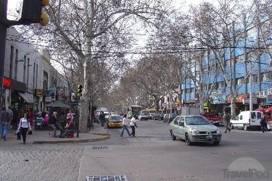 Argentinian blacksmith fathers 5 children