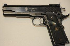 Ivan Lopez bought his gun at same store as Nidal Hasan.
