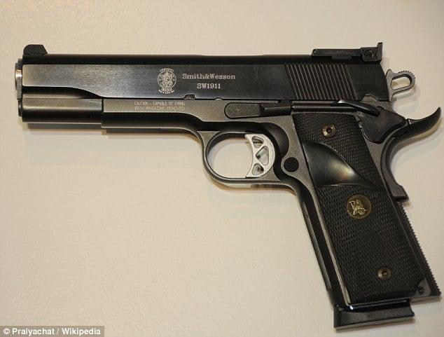 Ivan Lopez gun
