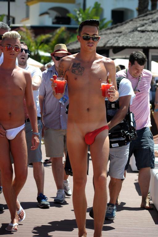 Asymmetric man thongs