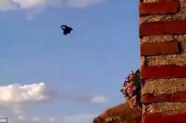 Video: Darrio Barrio, Spanish celebrity tv chef killed when his parachute fails to open during base jump.