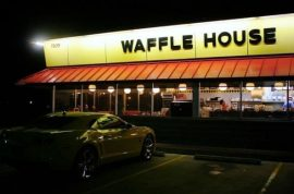 Waffle House makes Shaina Brown give back $1000 tip.