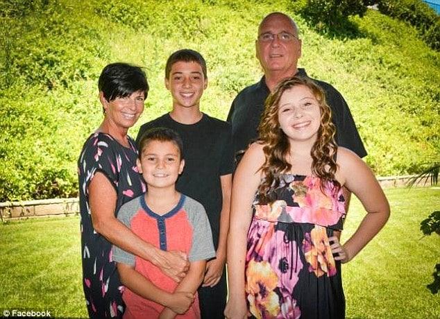 Steve Mason dead daughter's student loan