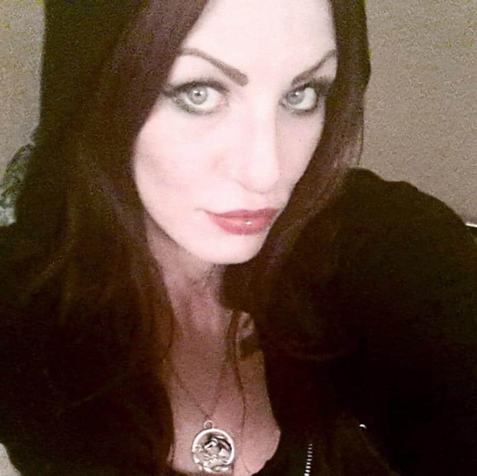 Heroin escort, Alix Tichelman
