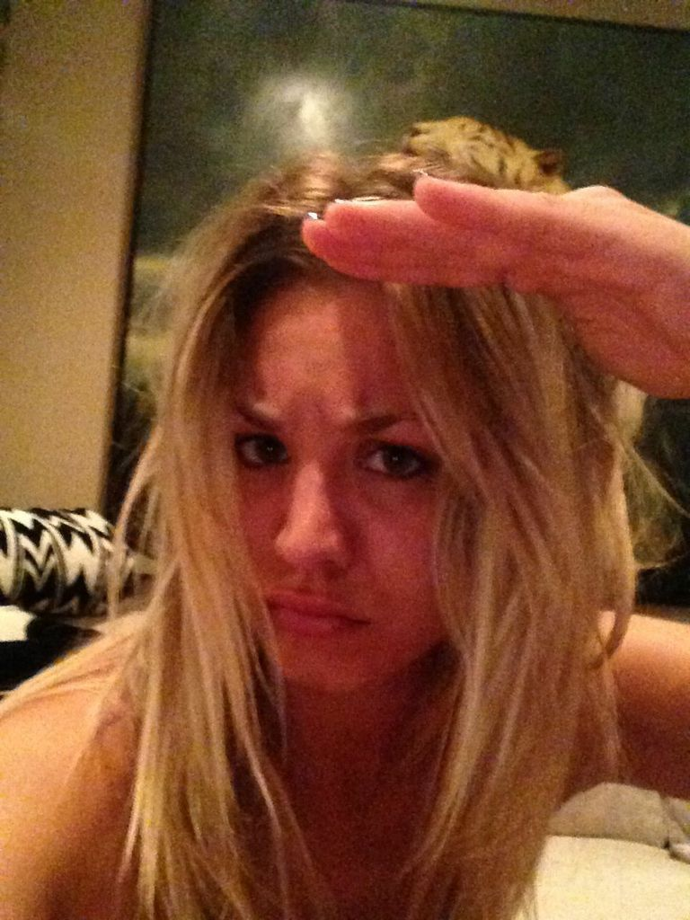 Kaley Cuoco: New leaked naked pictures