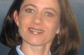 Shana Buchanan, lawyer killed by oncoming train cause she was wearing headphones