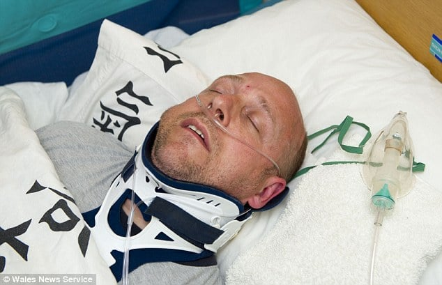 Alan Knight pretends to be in a coma