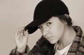 Ariel Bavly, teen pop protege: 'Respect, I ain't some dumb brunette.'