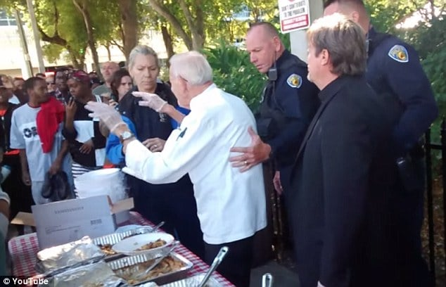 Arnold Abbott arrested feeding Fort Lauderdale homeless