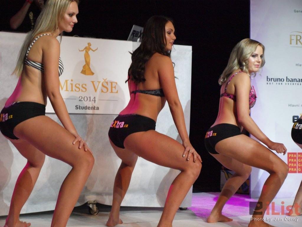 Czech university holds twerking contest