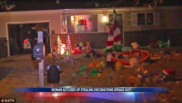 couple steal $2000 worth of Christmas ornaments