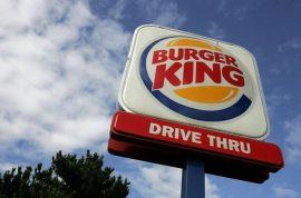 Janelle Jones finds $2.6K cash in Burger King bag, returns it: 'But I considered keeping it.'