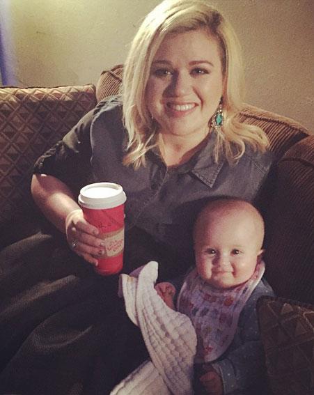 Kelly Clarkson fat
