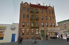 Jennifer Lubanko hangs herself by Brooklyn fire escape. Had walked dog an hour earlier