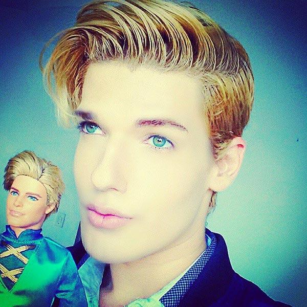 Brazilian Ken Doll dies