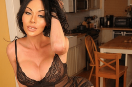 (NSFW) Mia Isabella transgender photos: Did Tyga cheat on Kylie Jenner?