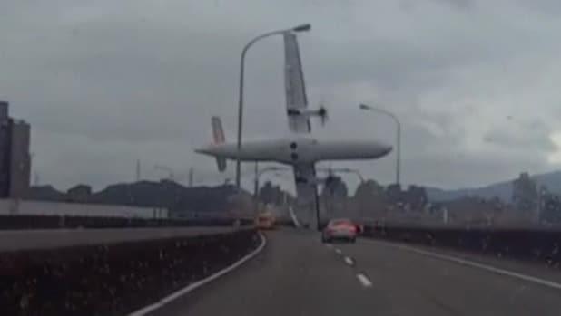 TransAsia Pilot cut off wrong engine