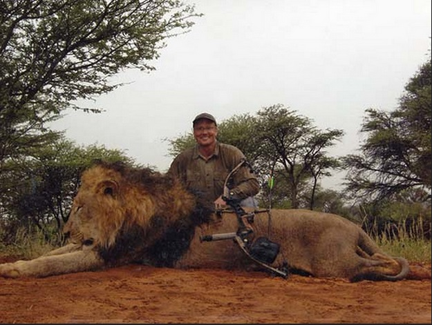 Walter Palmer hires public relations firm