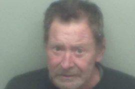 Paul Neaverson, Idiot bank robber demands cashier put cash into personal bank account